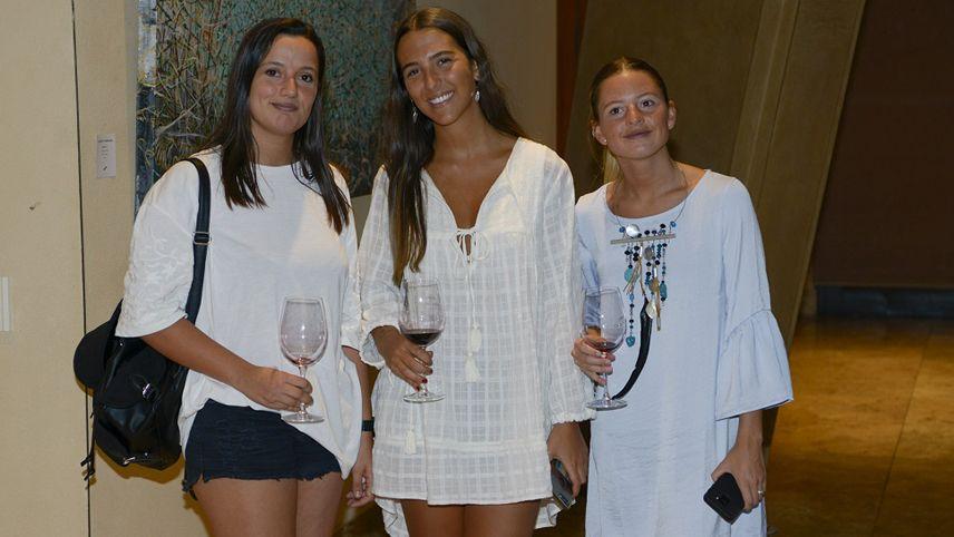 Martina Ojeda, Camila Ponce Guerra y Julieta Almécija.