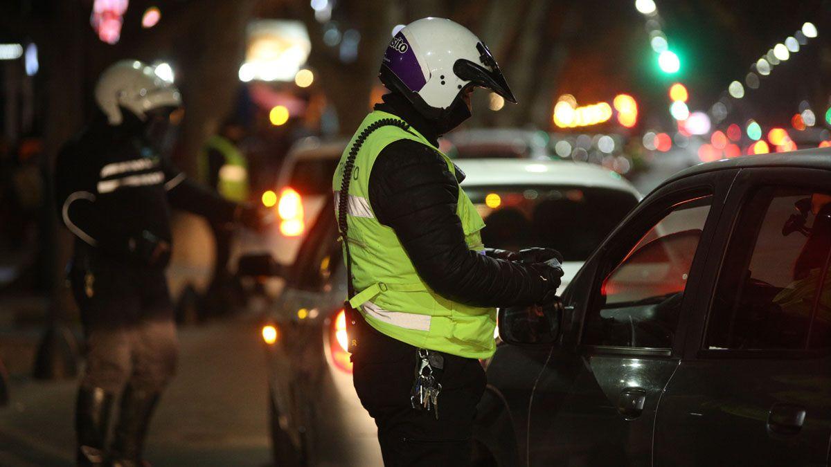 Los controles de tránsito, de la policía o preventores municipales, para evitar congestionamientos, y chequear la documentación reglamentaria fueron exhaustivos en calle Arístides Villanueva.