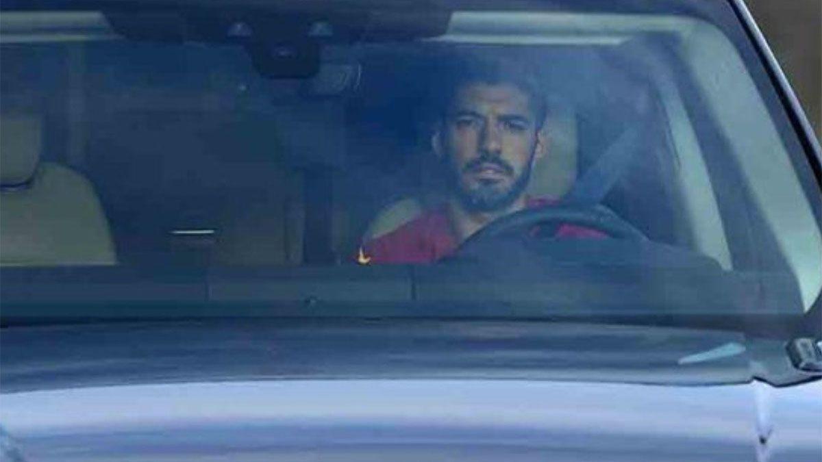 Video: Luis Suárez se fue llorando del Barcelona