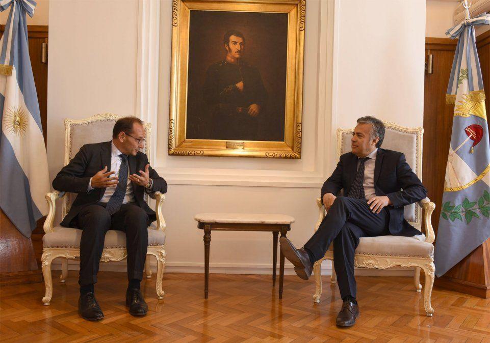 El embajador de Italia, con el gobernador y el intendente de Mendoza