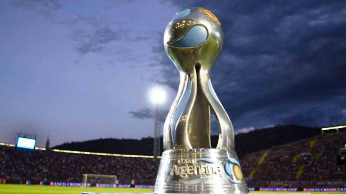La Copa Argentina cumple diez años y River supera a Boca en cantidad de títulos.