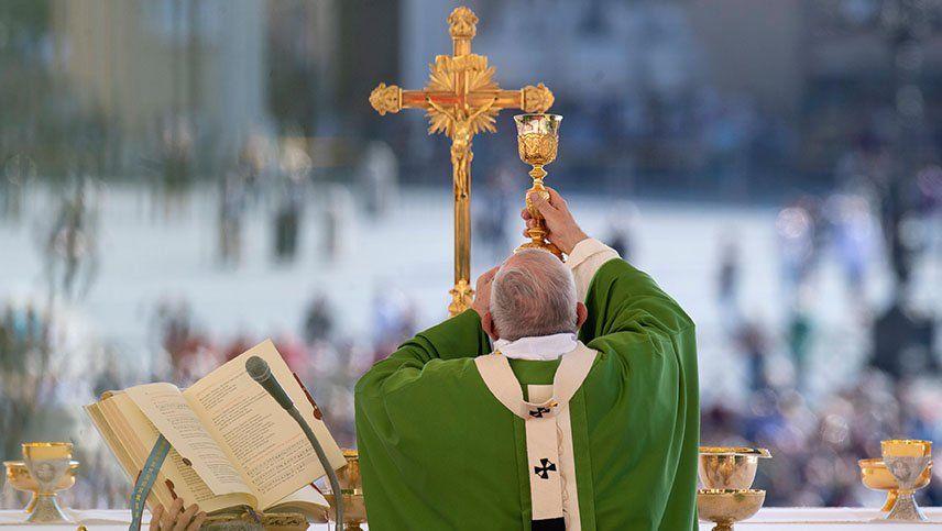Coronavirus: el Arzobispado suspendió las misas y otros rituales religiosos