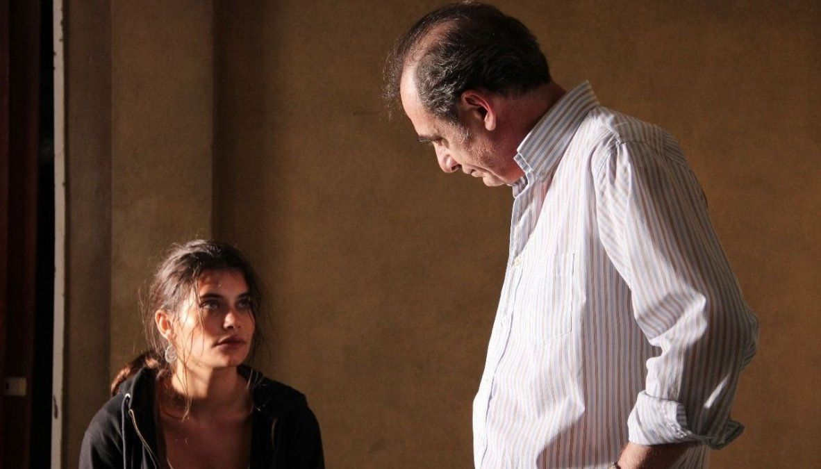 Bárbara Sarasola-Day: dirigir,  producir, gestionar