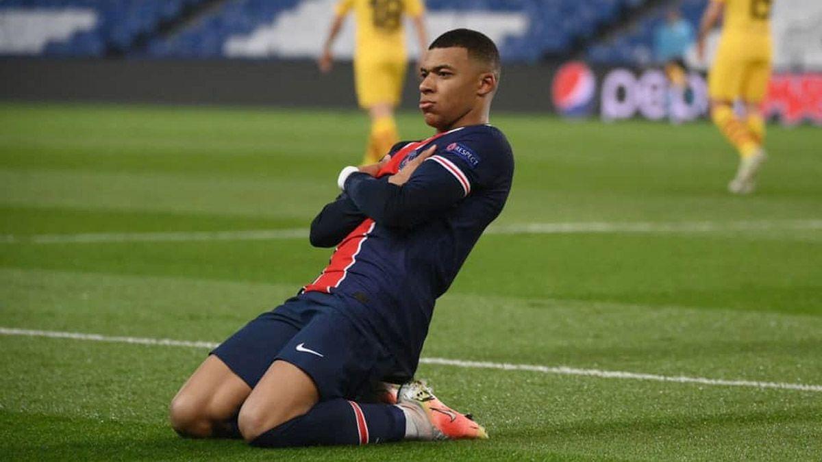 El PSG tiene pensando bajarle el precio a Mbappé