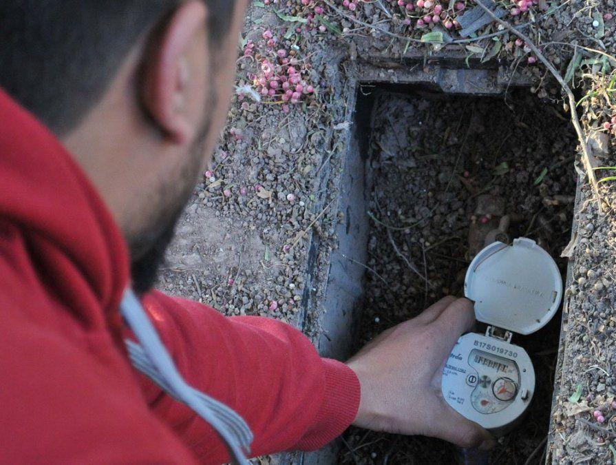 Aysam buscará a los derrochadores de agua en Mendoza.