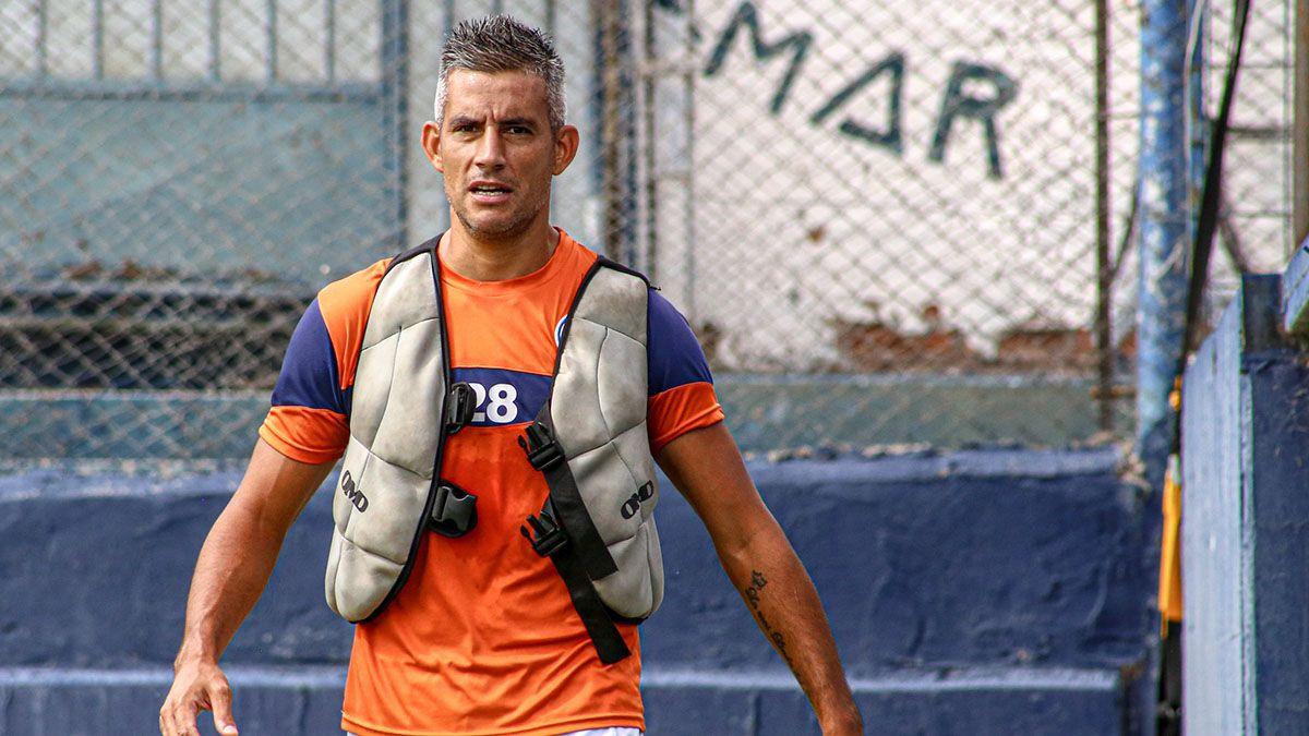 El defensor Yair Marín venía de una larga lesión y no pudo jugar nunca.