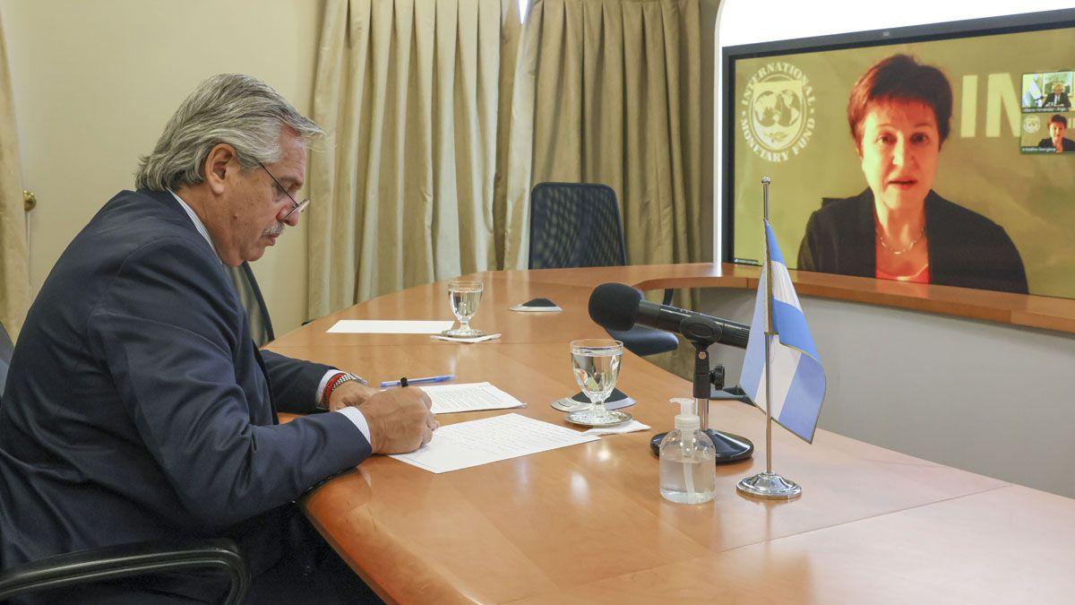 La titular del FMI se reunió con el Presidente por video conferencia.