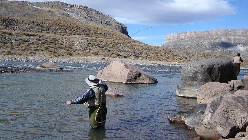 El pedido para habilitar la pesca en Mendoza llegó hasta la Legislatura