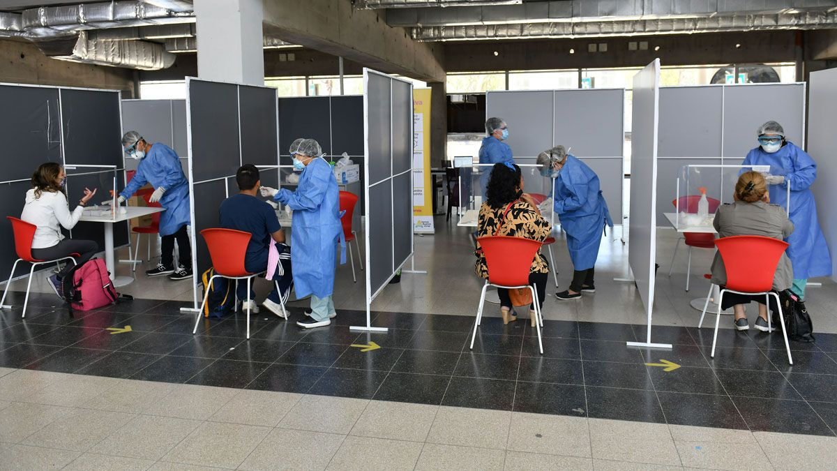 En las últimas 24 horas fueron realizados 49.154 testeos de coronavirus en Argentina.