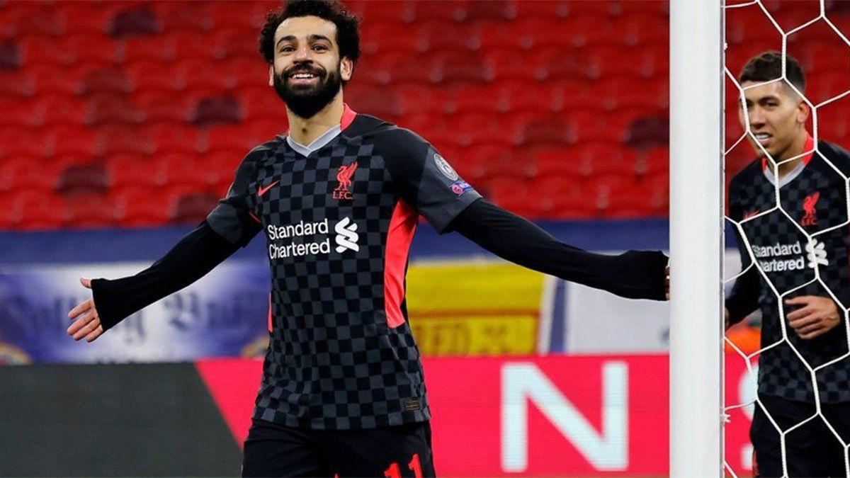 Liverpool le ganó a Leipzig y puso un pie en cuartos