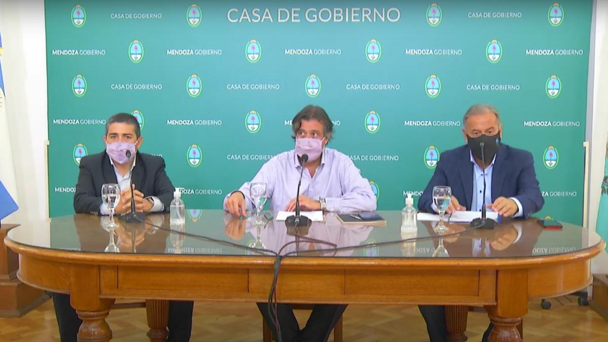 El gobernador Rodolfo Suarez y el intendente de Alvear