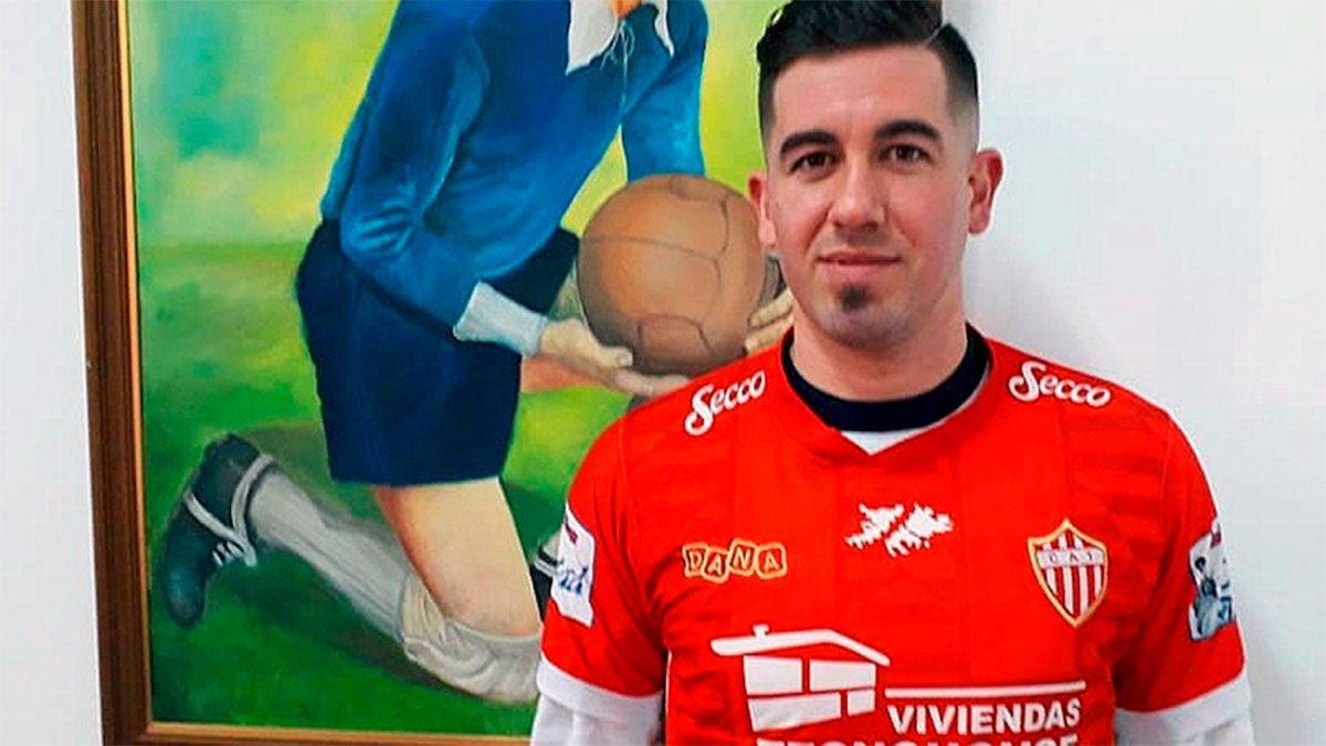 Independiente Rivadavia, cerca de cerrar un centrodelantero