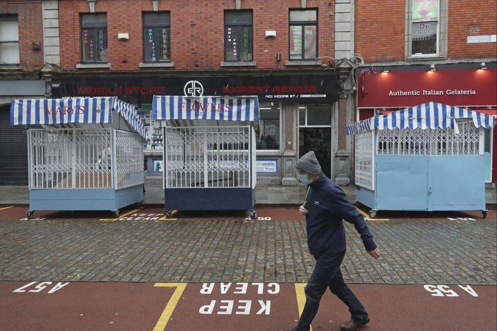 Un científico irlandés reveló cómo será el final de la pandemia