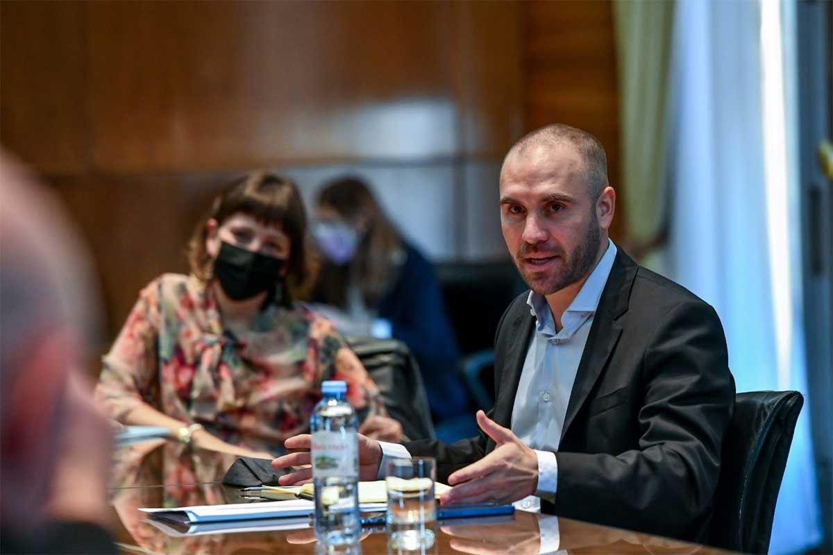 Martín Guzmán afirmó que un objetivo del gobierno es la reducción de la brecha cambiaria y remarcó que hay condiciones para lograr una sólida estabilidad. Foto: NA.