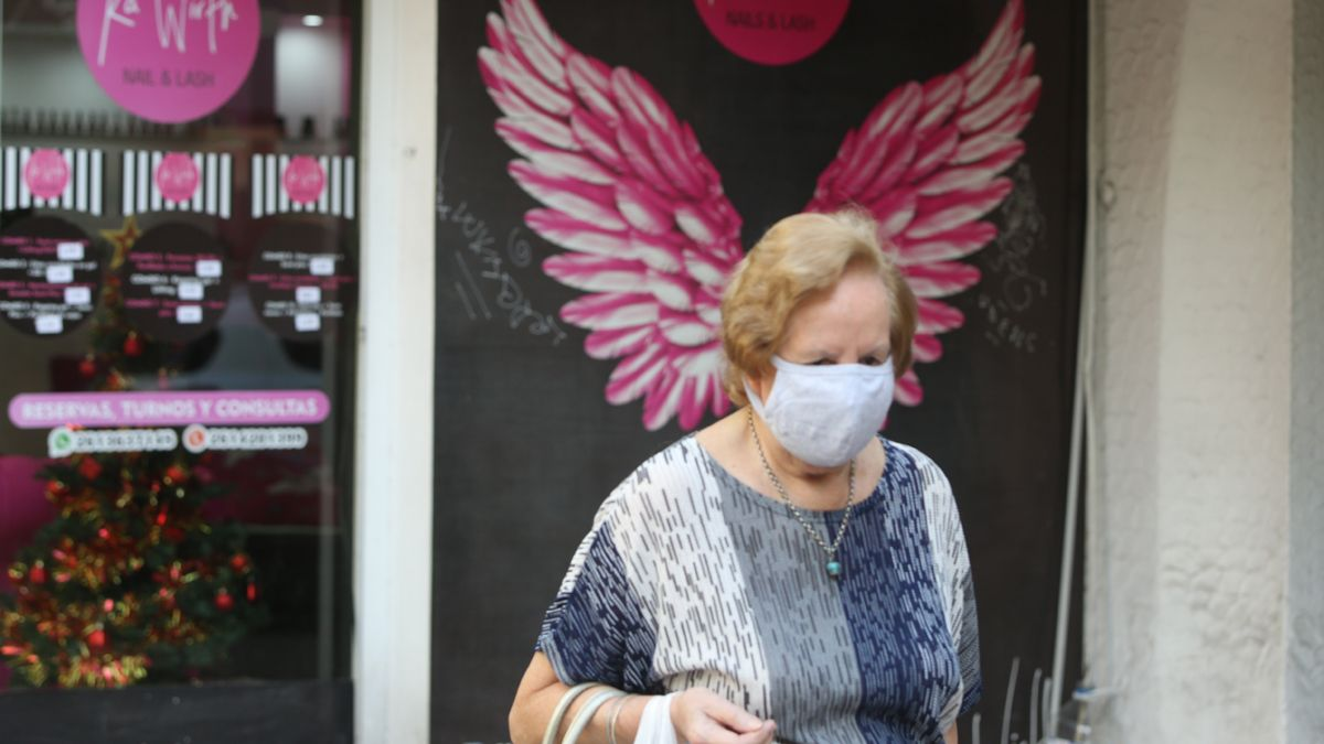 ¿El virus retrocede?: Tres expertos analizan el descenso mundial de casos Covid