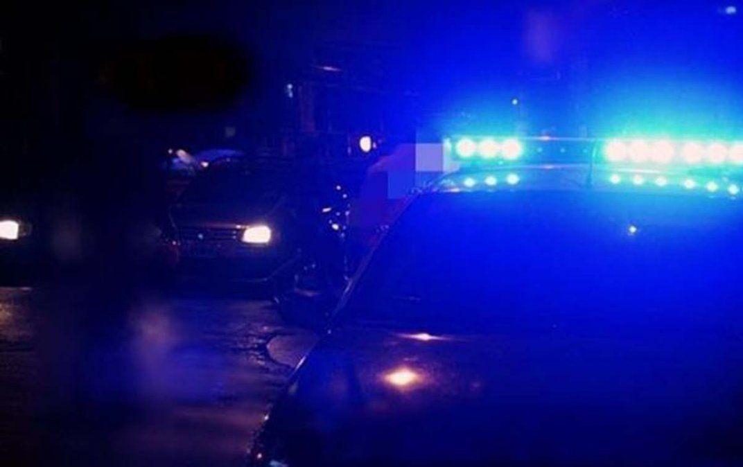 Un joven fue asesinado a puñaladas en el pecho  y su amigo resultó herido en una mano