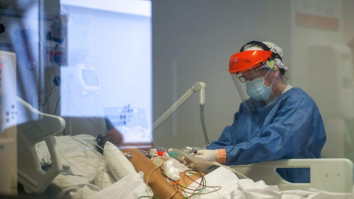 El crudo relato de una médica: Si no pueden sostener un paciente déjenlo morir