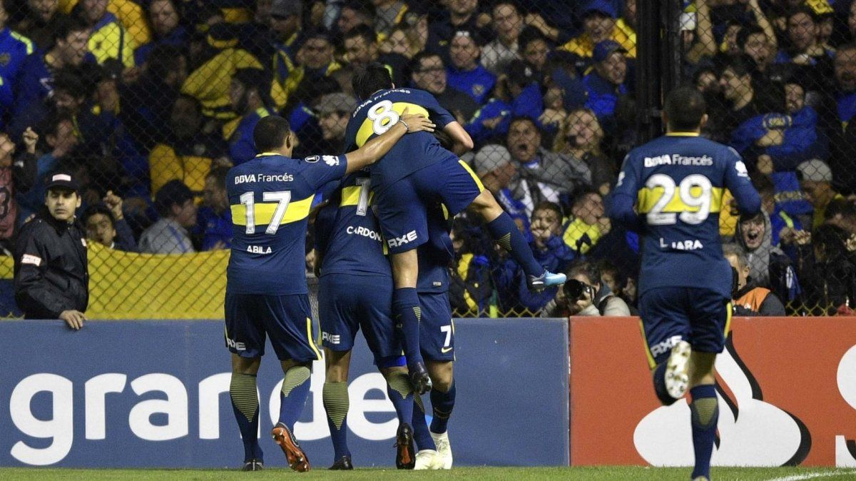 Denis anotó, pero el Atalanta perdió ante el escolta Napoli