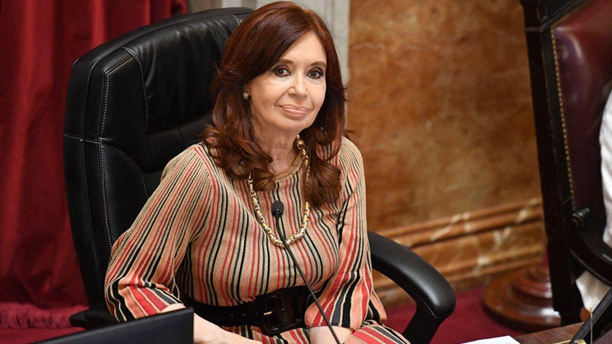Campaña para que Cristina no cobre sus pensiones de privilegio.