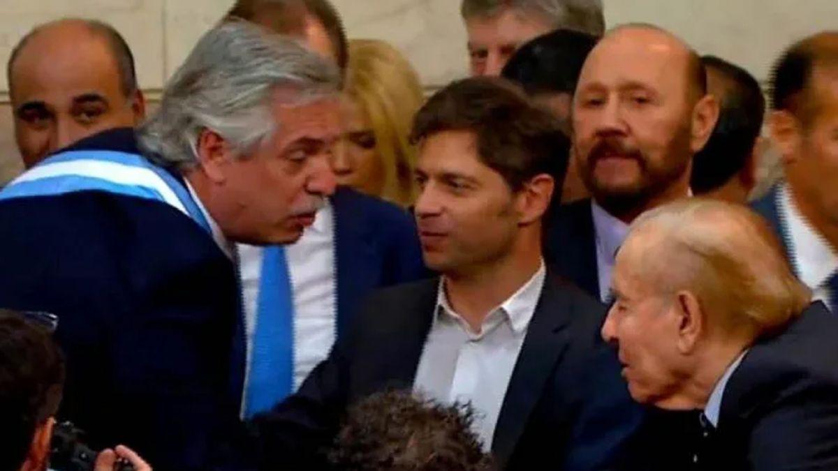 Menem durante la asunción de Alberto Fernandez junto a los gobernadores.