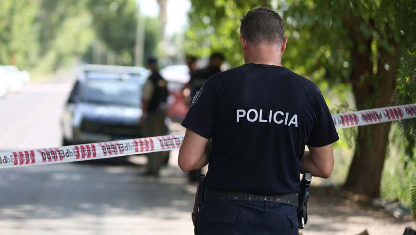 Detuvieron a cuatro policías  por hacer un allanamiento falso y pedir coima en Luján