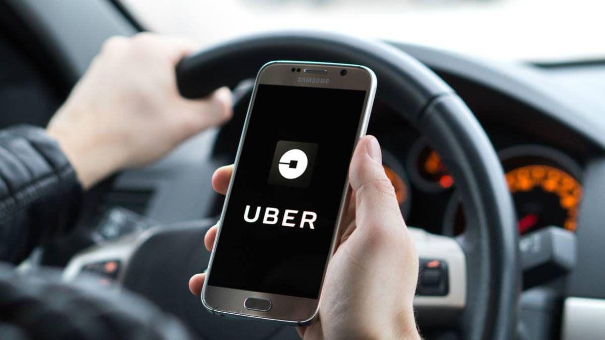 El chofer de Uber fue sorprendido por un falso pasajero que lo terminó asaltando en Maipú.