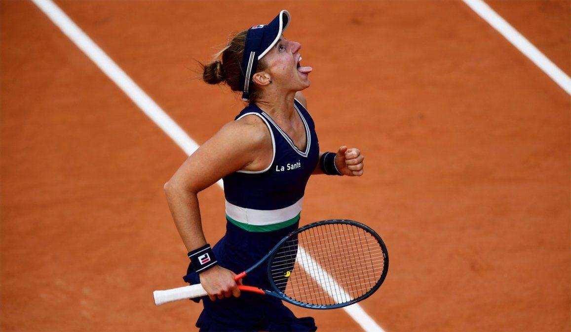 Podoroska y su misteriosa dedicatoria sin nombre tras el pase a semifinales de Roland Garros