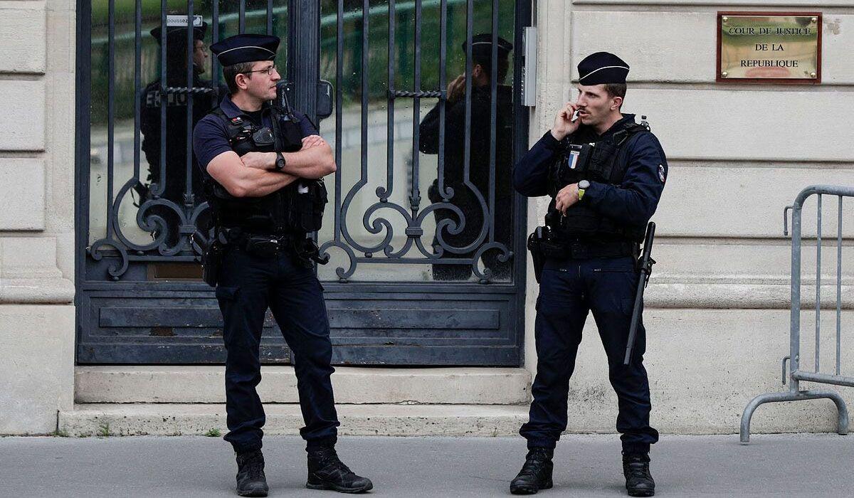 Macabro crimen con signos de canibalismo en Francia: hallaron el cuerpo decapitado de un niño