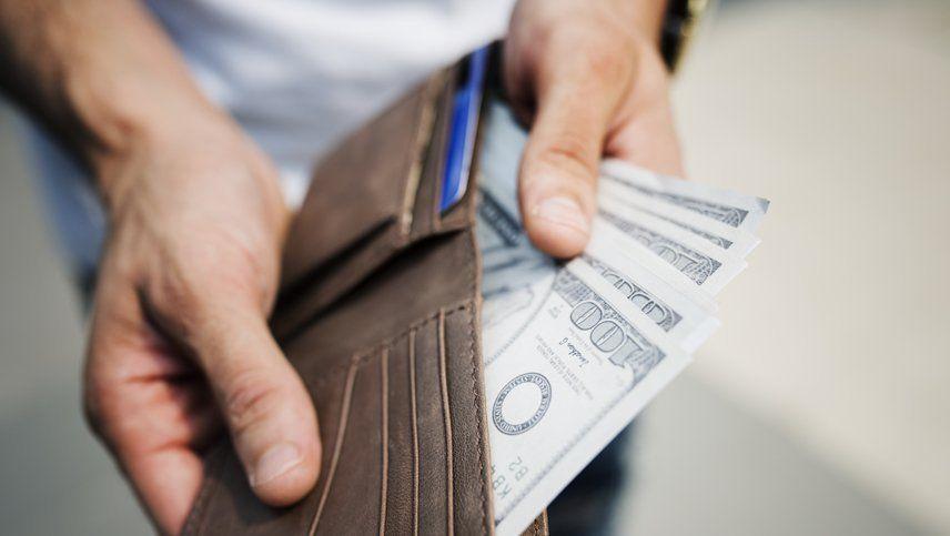 El dólar paralelo roza los $79 en Mendoza