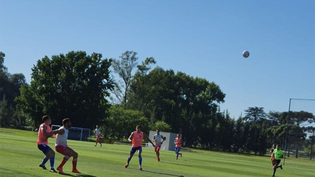 Godoy Cruz goleó a Argentinos Juniors, en La Paternal