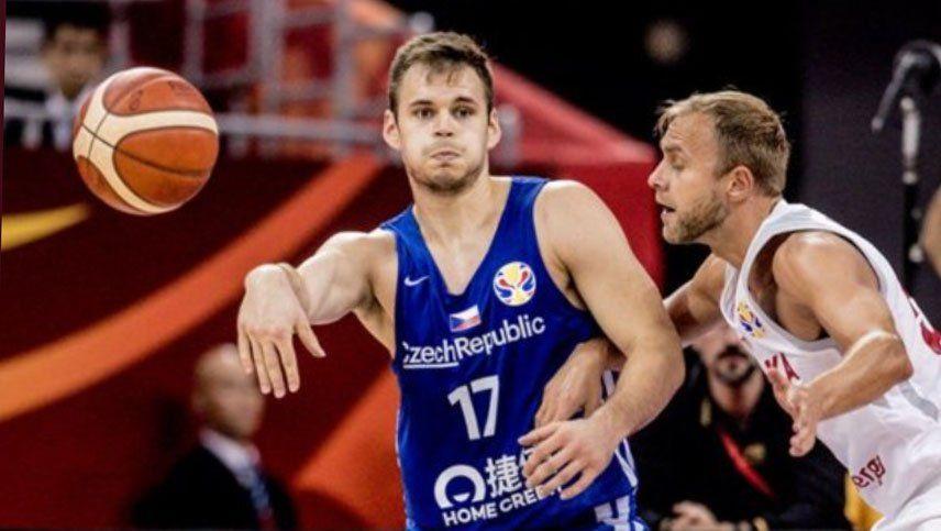 República Checa venció a Polonia y se metió entre los seis primeros en China