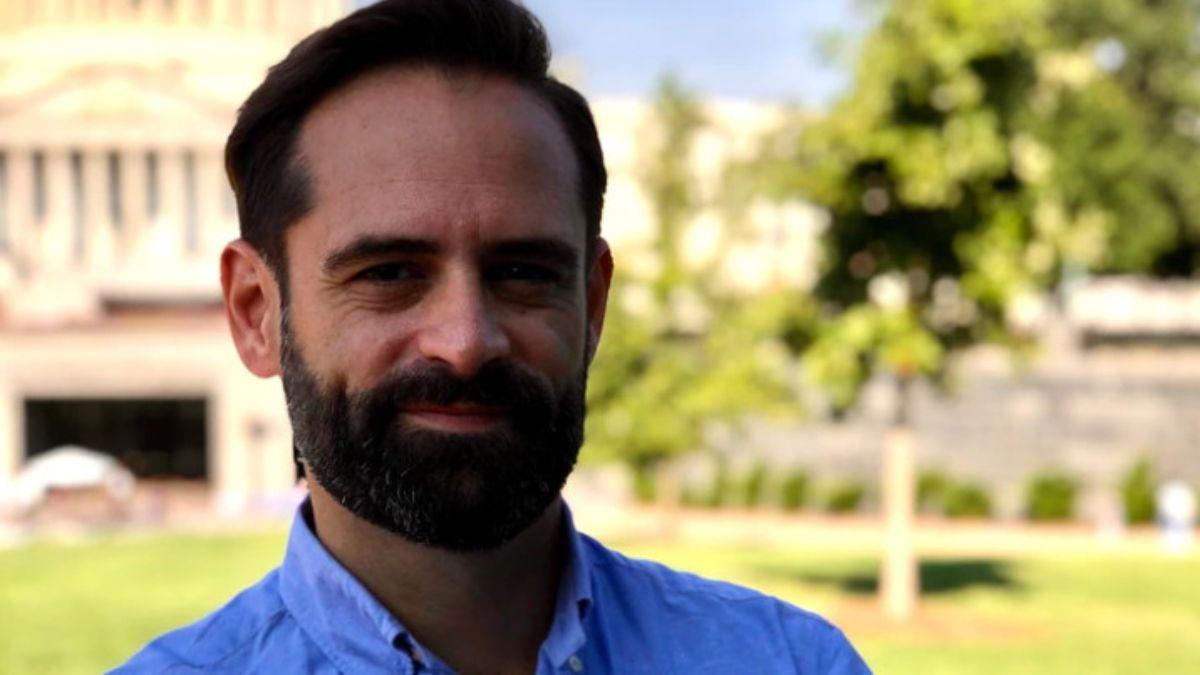 Lucas Paganini recibió el título de Ingeniería Electrónica y de Telecomunicaciones en la Universidad de Mendoza y el miércoles 28 dará una conferencia sobre el descubrimiento de vapor de agua en la luna de Júpiter Europa.