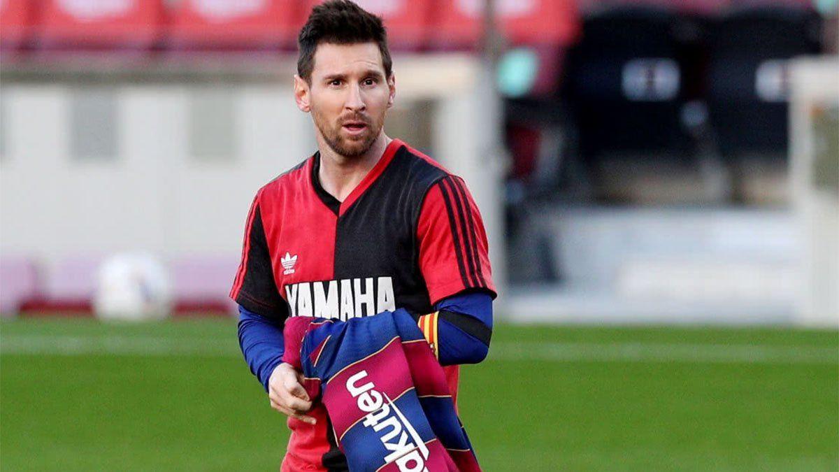 La historia de la camiseta con la que Messi homenajeó a Maradona