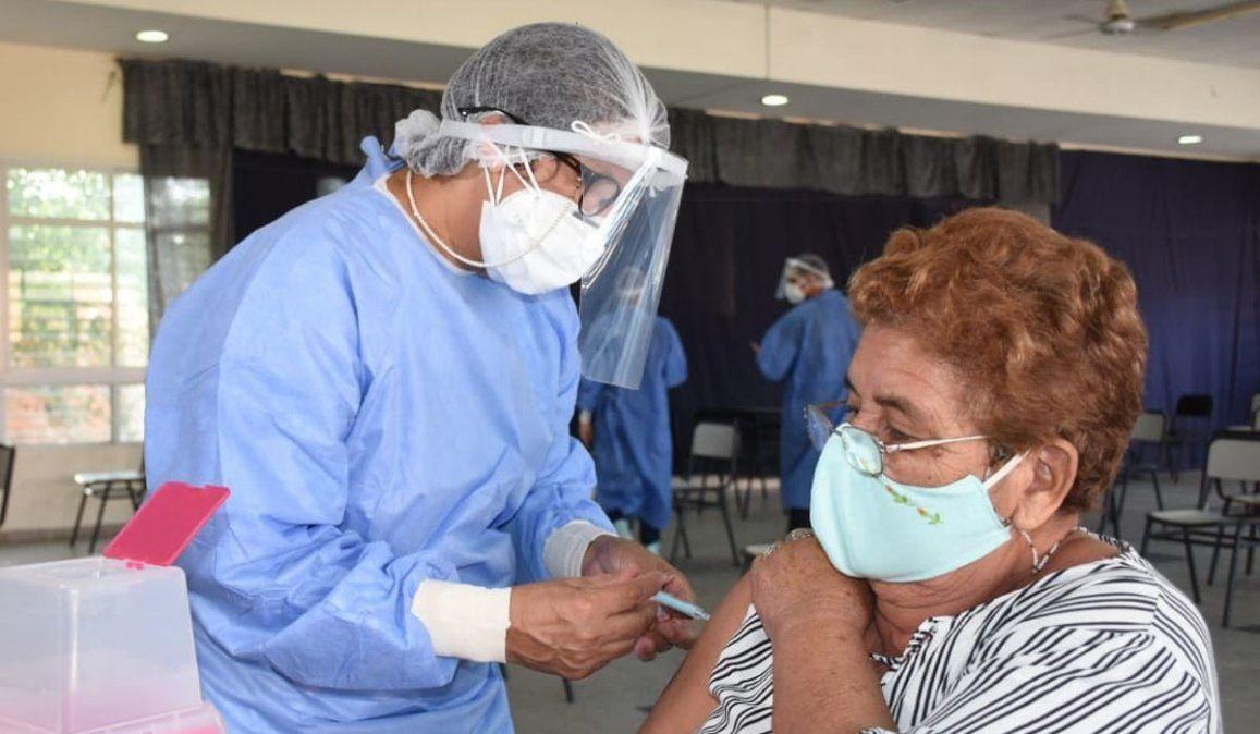 De las 1.720.115 dosis de vacunas contra el coronavirus que arribaron al país sólo se aplicaron 829.832