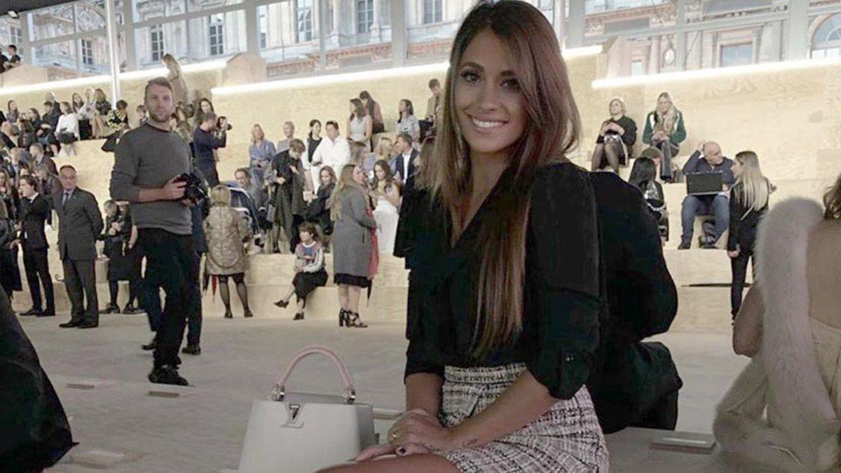Antonela Roccuzzo es furor por un video filmado en el sillón