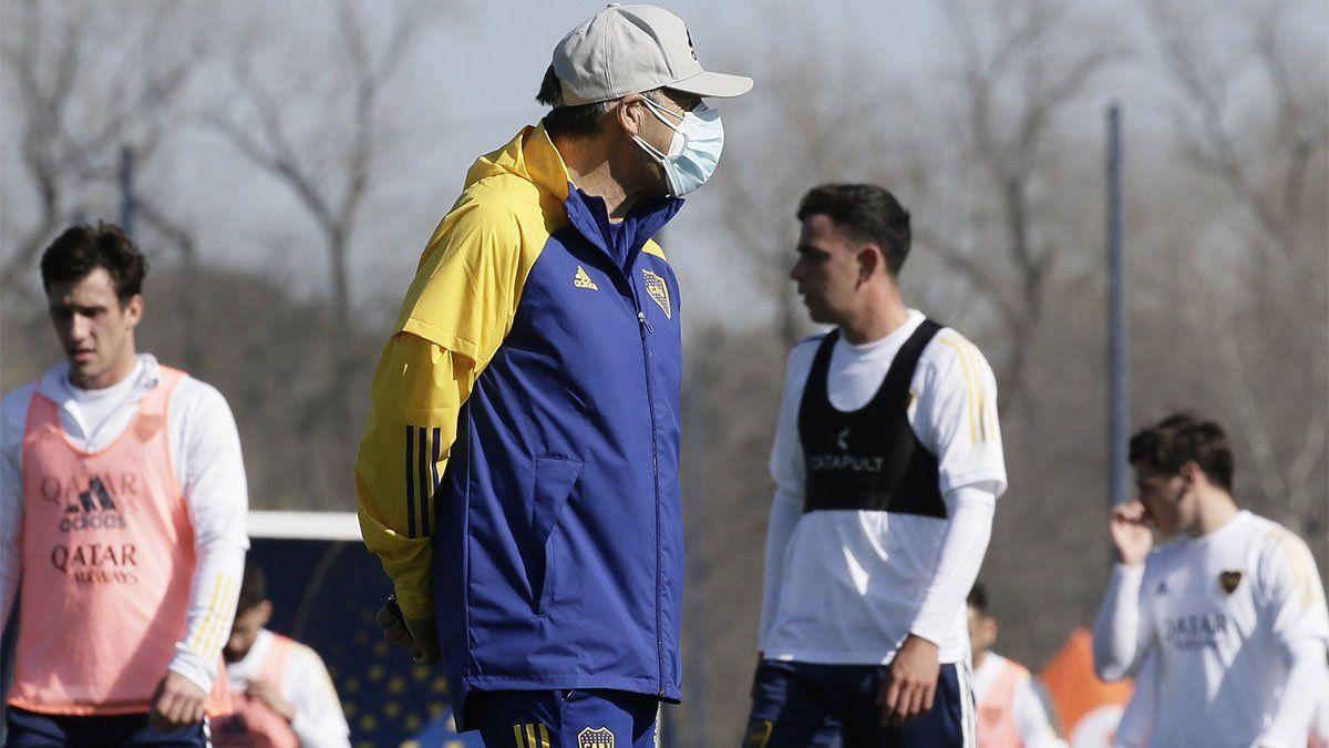 Los positivos de Boca podrán viajar a Paraguay