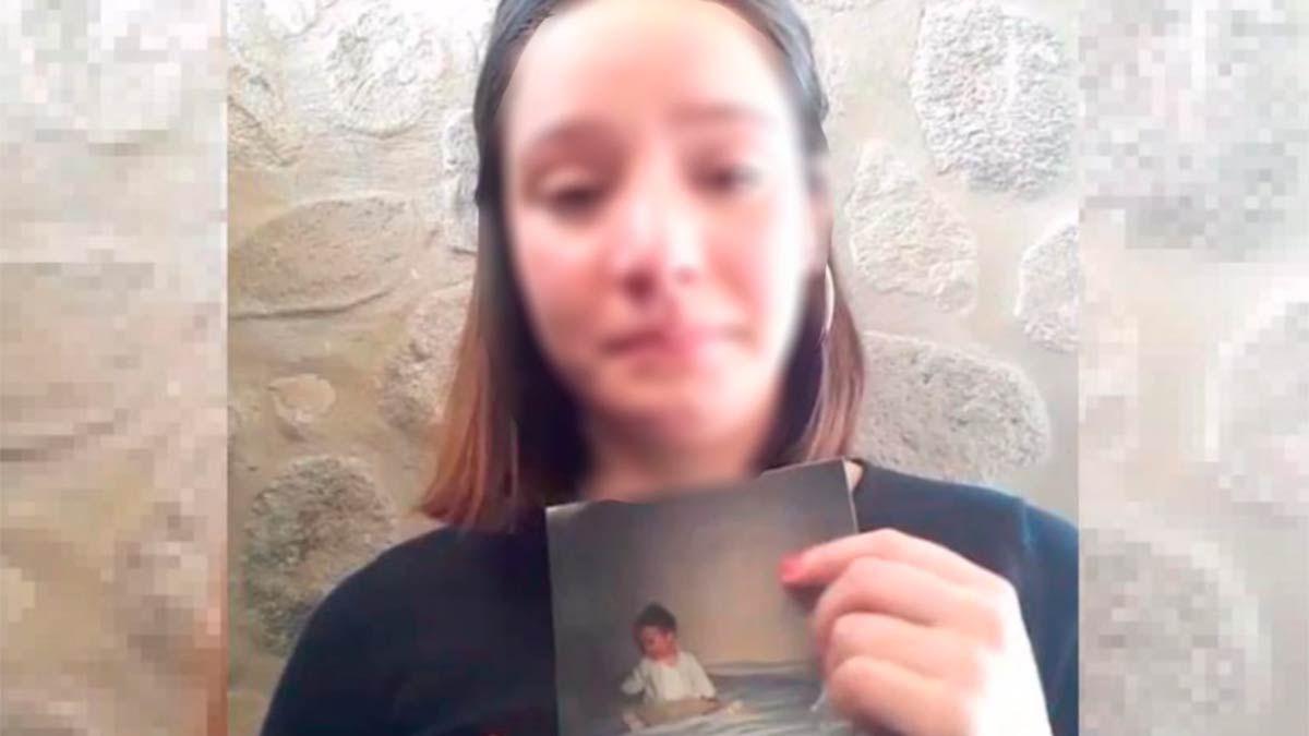 Morena acusa a su madre de matar a su hermanito con discapacidades.