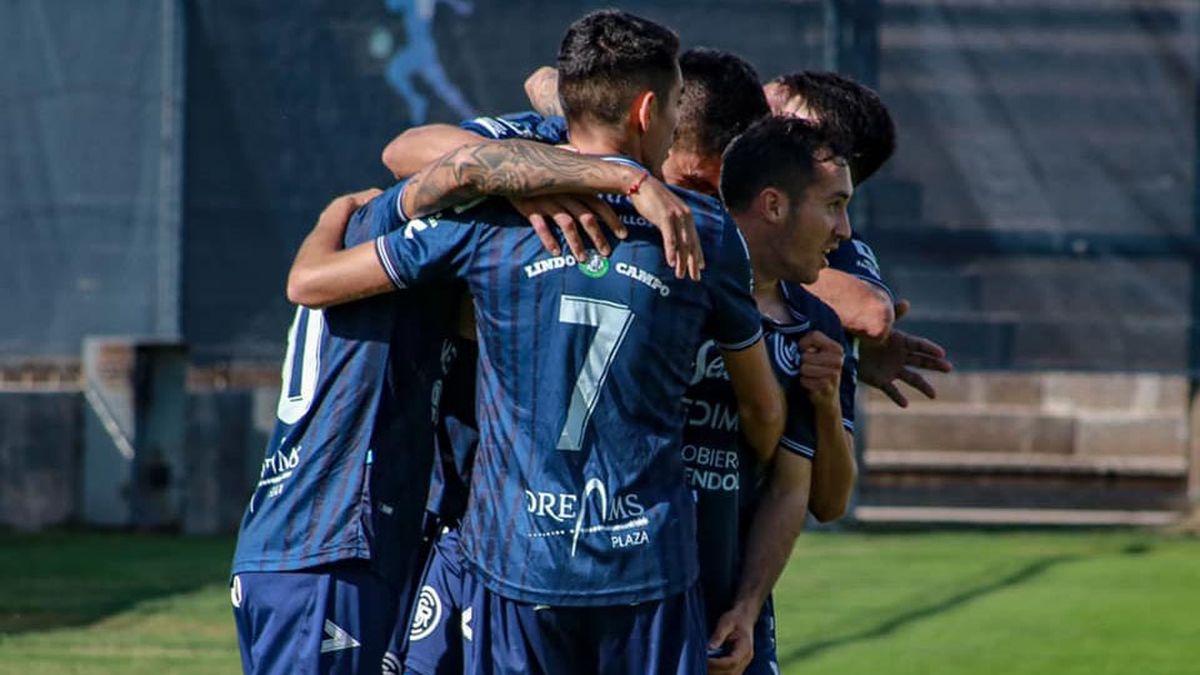 Independiente Rivadavia cierra la primera rueda de la Primera Nacional.