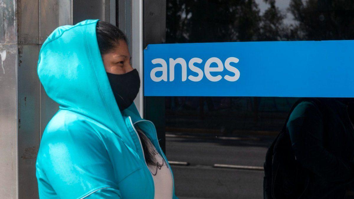 ANSES: la letra chica del aumento a jubilados, AUH y SUAF