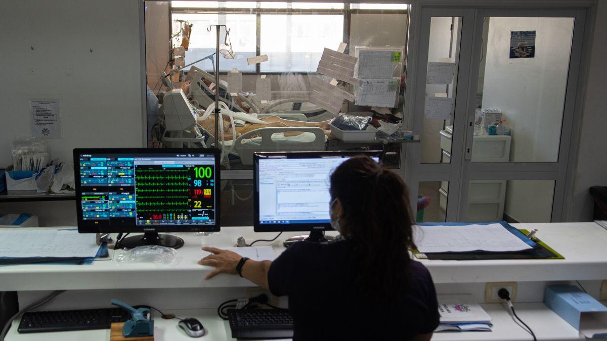 Las unidades de terapia intensiva siguen sumando pacientes con covid.