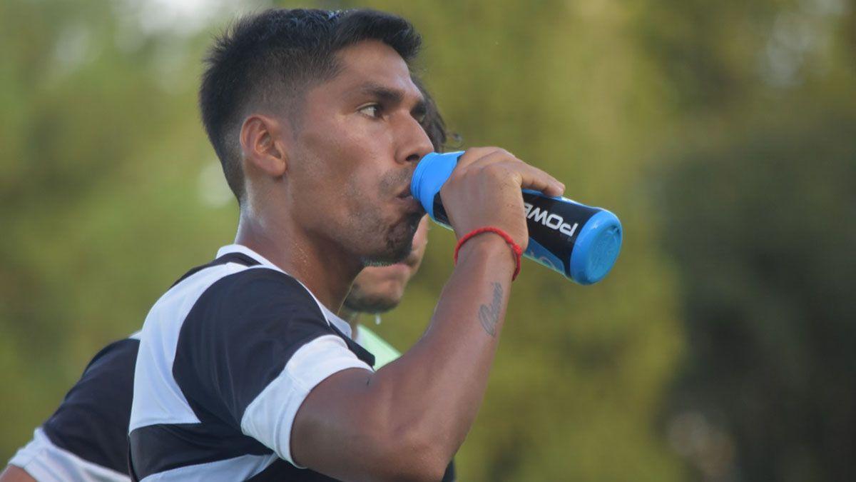 El tucumano se afianzó en el lateral izquierdo del equipo que dirige Diego Pozo.