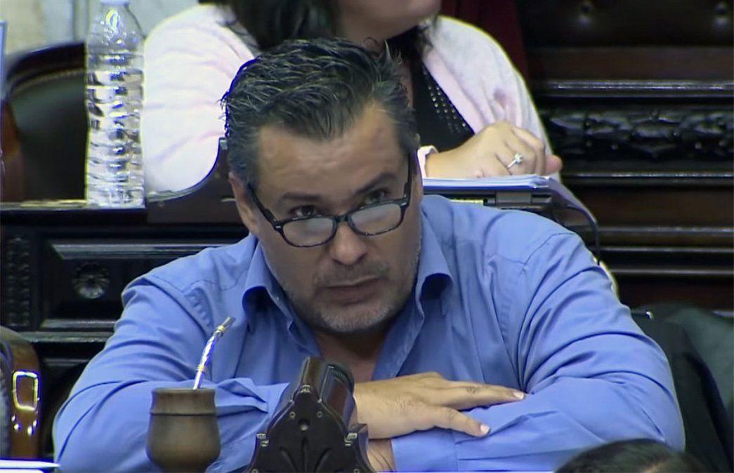 El diputado Juan Ameri presentó su renuncia a la banca