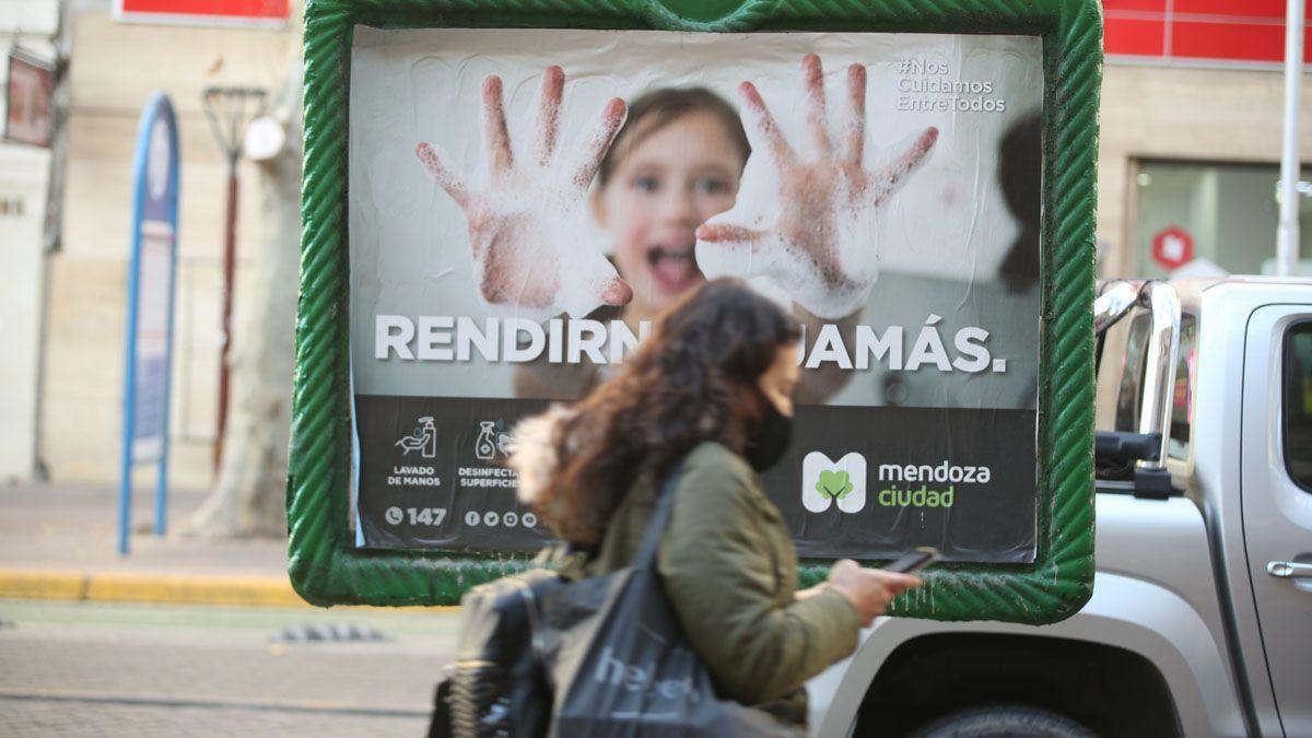 El Covid en Mendoza registró una leve baja.