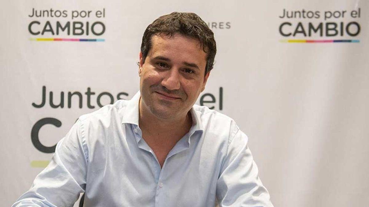 Maximiliano Abad será el titular de la UCR en Buenos Aires. Triunfo del oficialismo partidario.