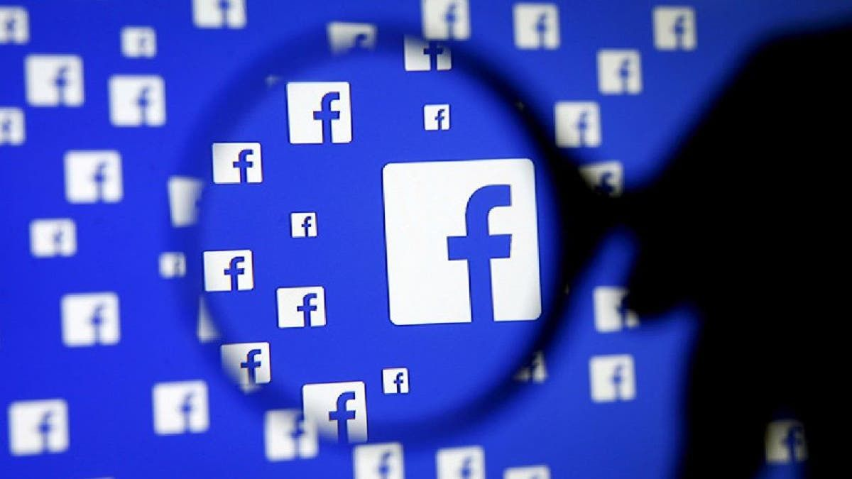 Las ofrecían por Facebook. Vendían armas robadas a los policías por redes sociales.