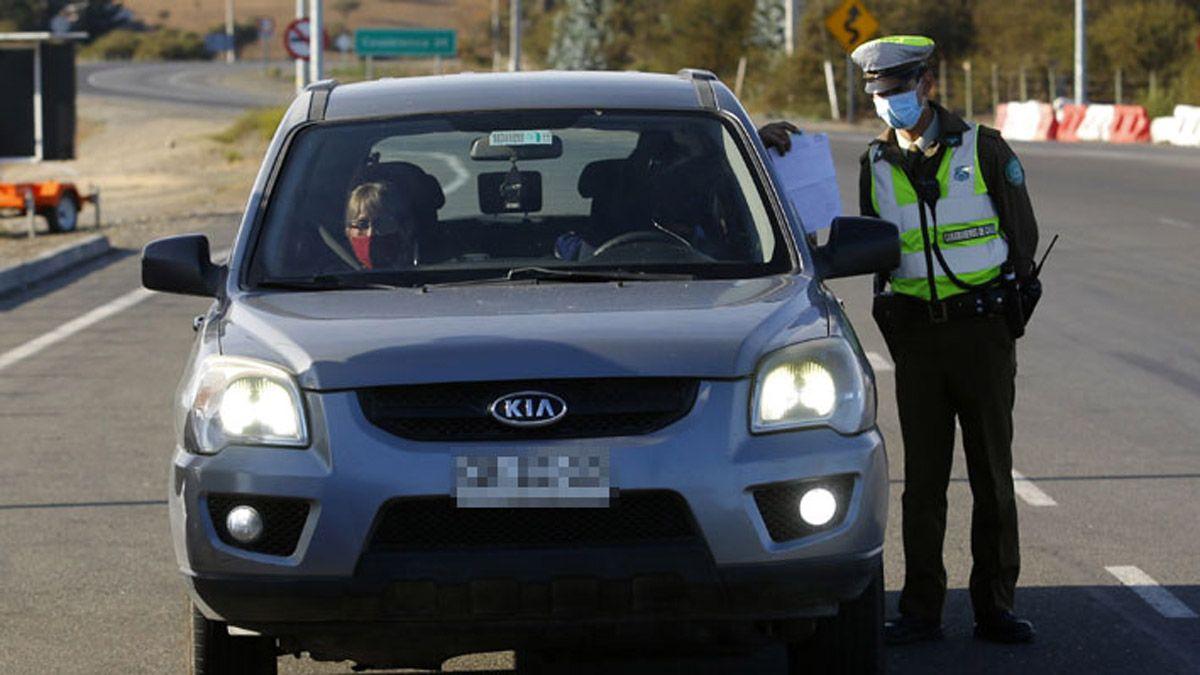 En Chile levantarán algunas restricciones desde el jueves 6 de mayo. Foto El Mercurio.