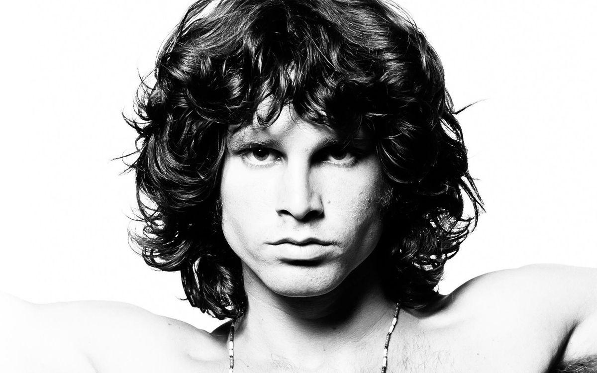 Mitos de su muerte. Jim Morrison: a medio siglo de su misteriosa muerte.