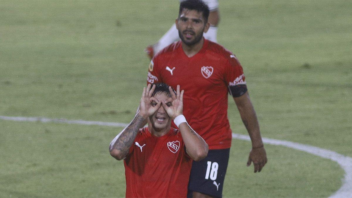 Independiente le hizo seis a Sarmiento y lidera la Zona B