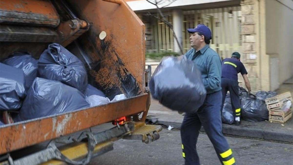 Ayer me clavé esta jeringa: el duro mensaje de un recolector de basura
