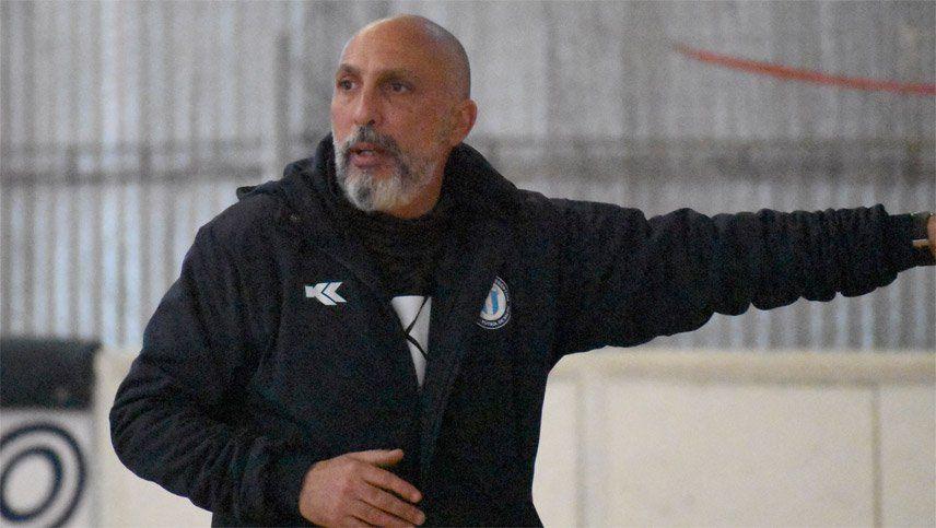 Avveduto, ex DT de la Selección de futsal, fue declarado persona no grata